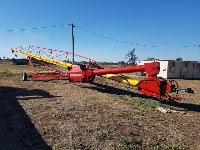 Vulcan transporting agricultural equipment