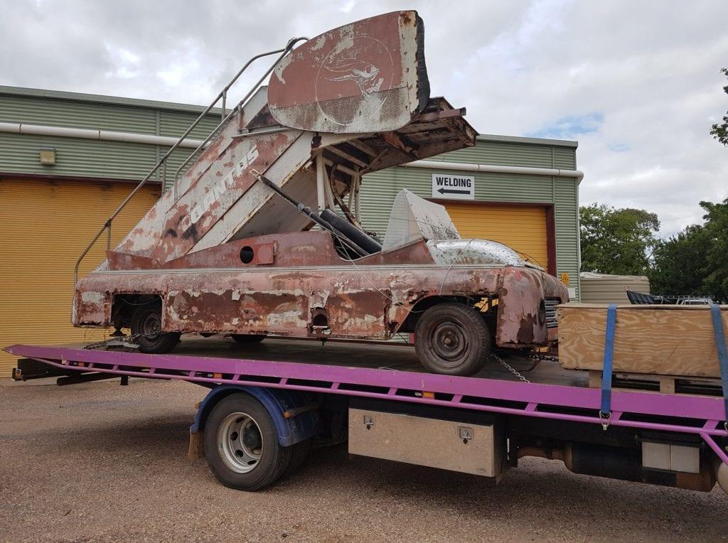 Vulcan Tilt Haulage towing Quantas Machinery